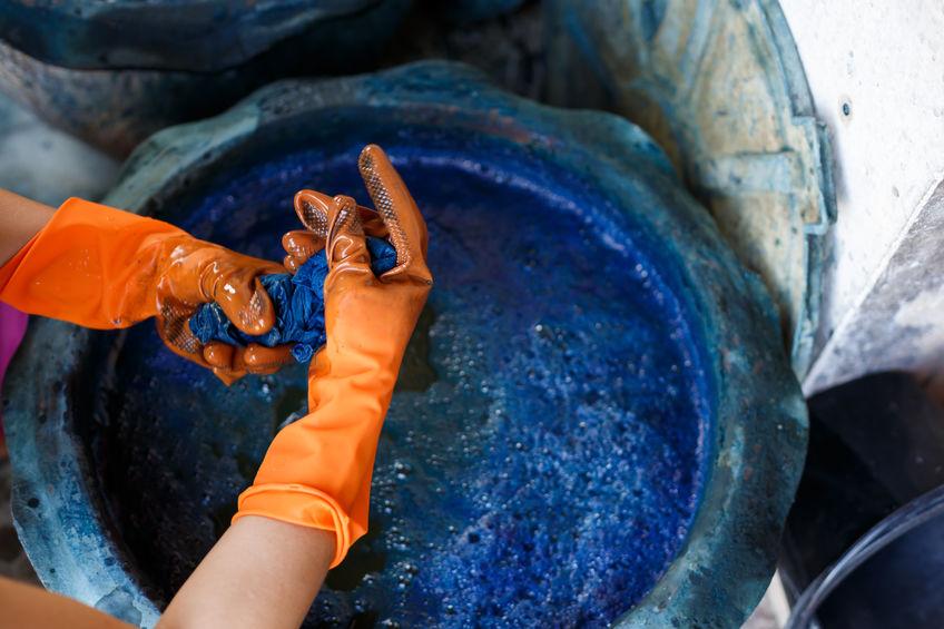 Natural Cloth Dyeing,Process dye fabric indigo color.